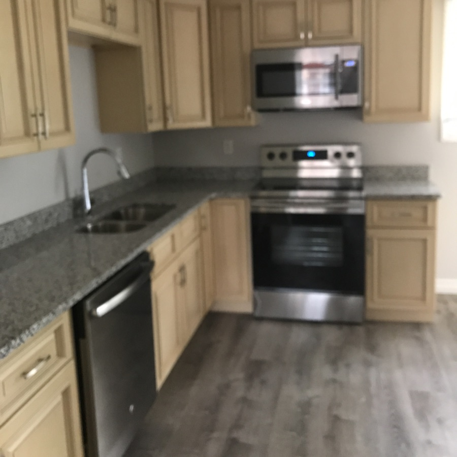 Spacious 5 bed avail now!